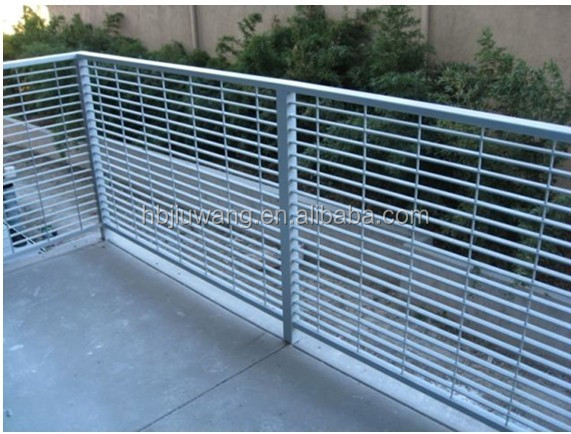 Barrier fence grating balcony fence grating yard wall fence grating iso9001 20years factory - Barriere designpool ...