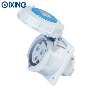 qixing safety IEC plastic 32amp receptacle 220v for distributor box