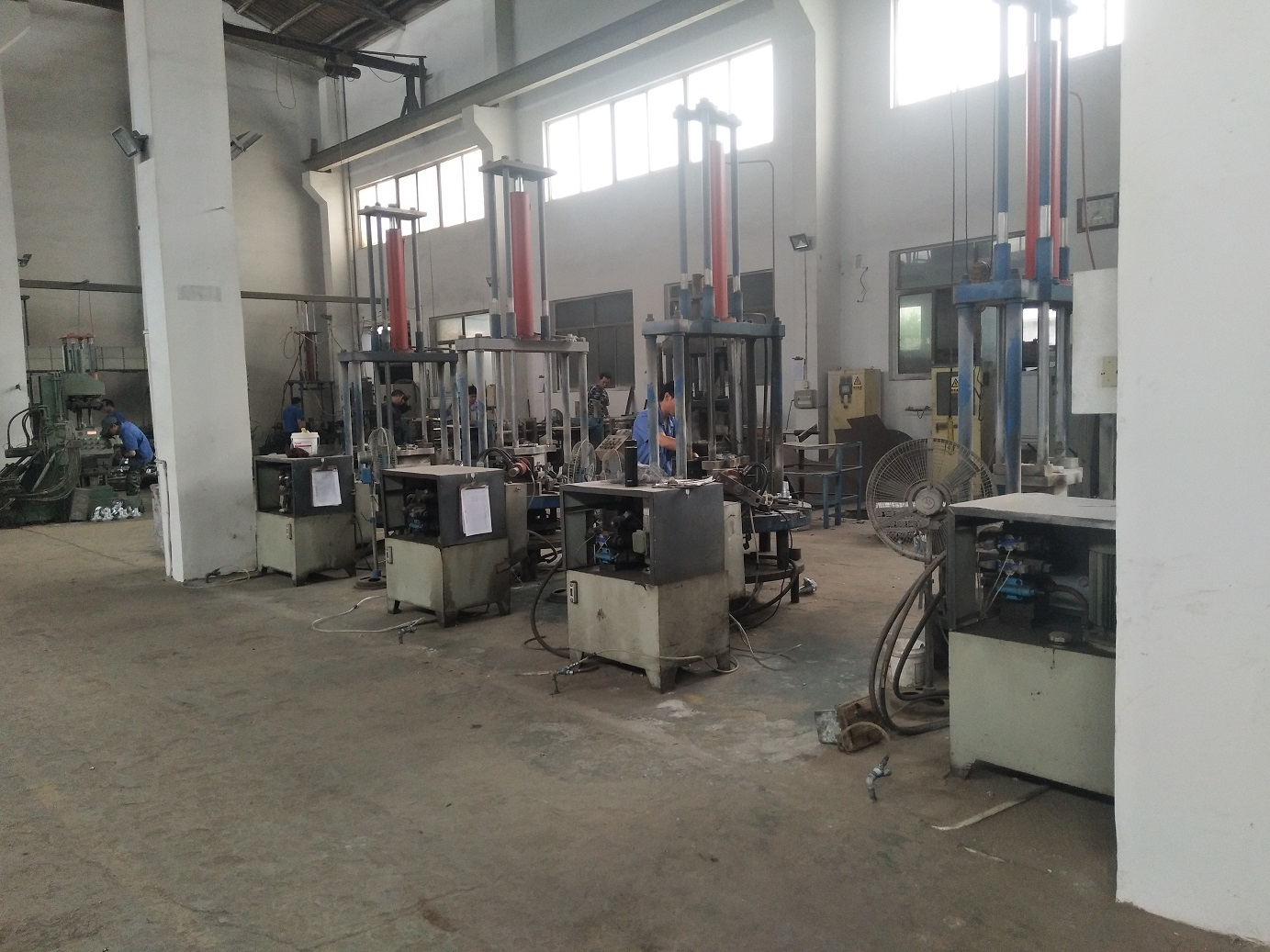 OEM aluminium gravity die casting by gravity die casting machine