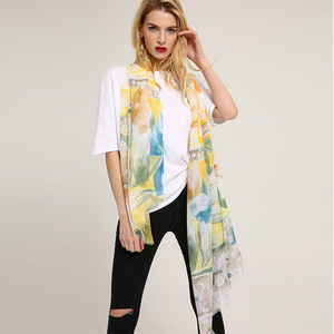 2018 New Sheep Pastel Perfume Lily Print Scarf