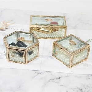 Advanced Custom Vintage Gold Crown Cosmetic Glass Jewelry Storage Box
