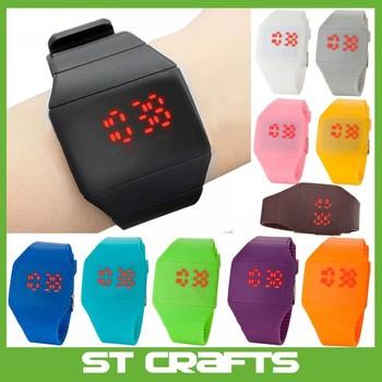 d54ae9fbbacc Hidden Magic Touch pantalla LED rojo reloj digital hombres mujeres deporte  cuff reloj colores surtidos