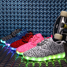 Wholesale shoesLight Up LED for child Sneaker walking shoes