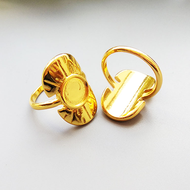 Fashion Eye-catching Ladies Women Hoop Earrings Gold Plated Ring