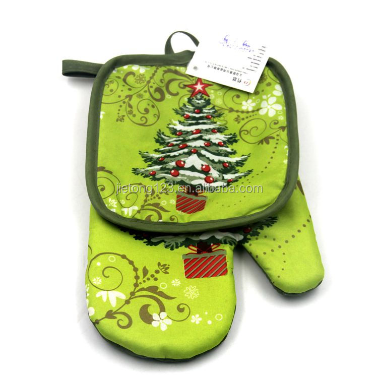 Wholesale cheap cute Christmas printed oven mitts