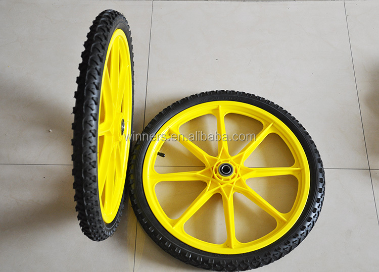 16 Inch Pneumatic Wheel With Plastic Rim Wooden Cart