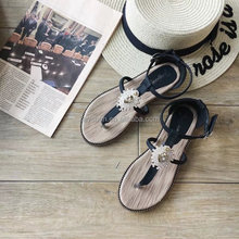 2017 wholesale newest flat shoe no heels womens sandals