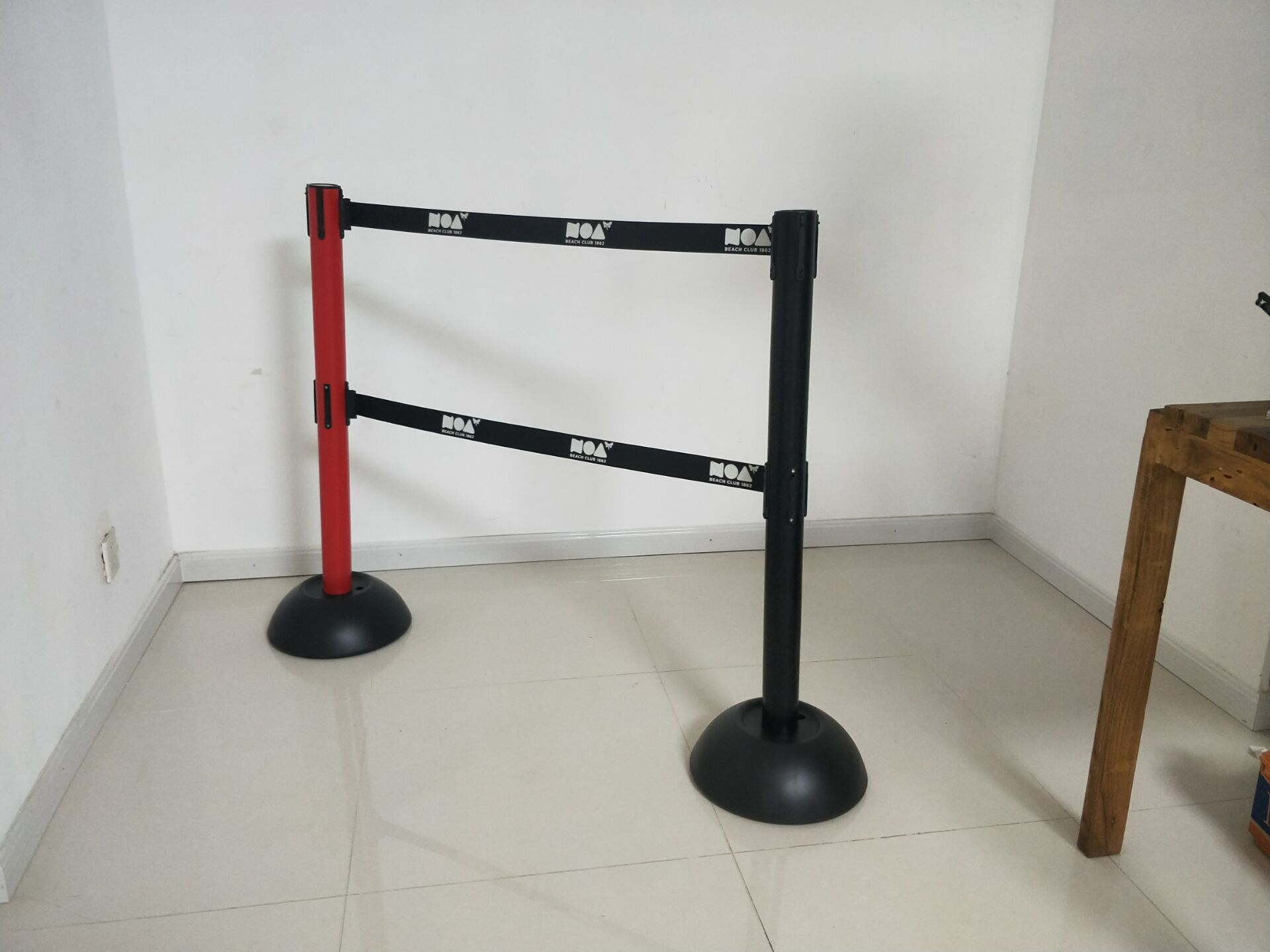Crowd Control Barriers with Braking Cassette for Safety for Sale