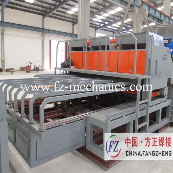 Wire mesh machine used in welding