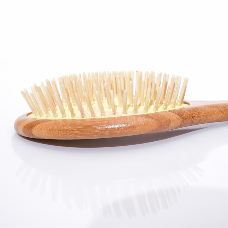 Yaeshii Alibaba OEM color bamboo bristle personalized hair brush with cheap price
