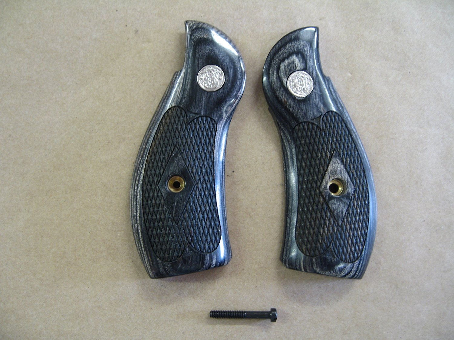 Smith & Wesson S&W K/L Frame Round Silver Black Checkered Grips With Medallion