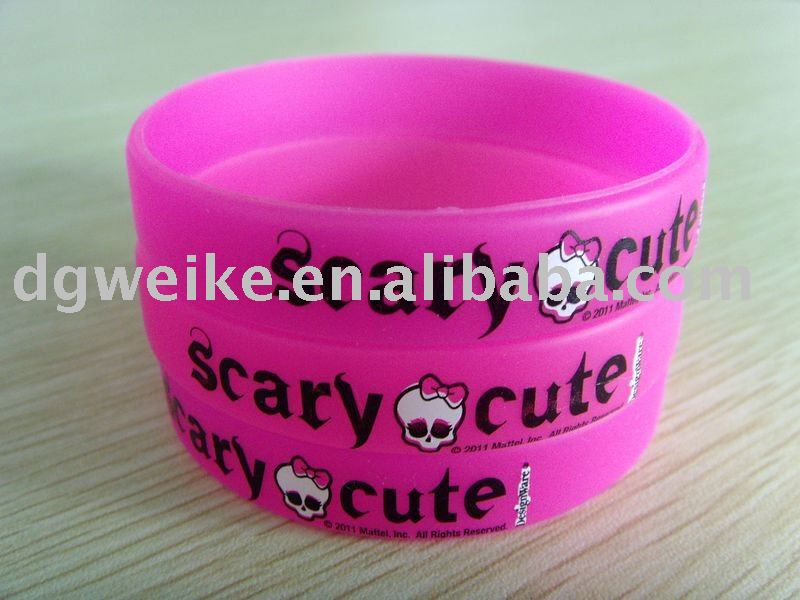 2012 New Cheap Silicone Wristband