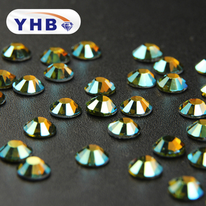 2018 YHB Best shining crystal rhinestone manufacturer Wholesale for dress stone chain crystals rhinestones