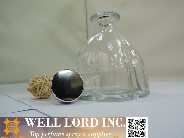 Bottle shaped with special printing 250ml aroma oil diffuser bottle