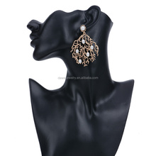 Zinc Alloy Main Material Unique Design Ancient Gold Earrings With Pearl