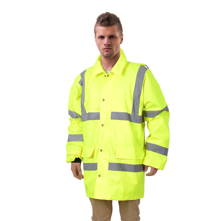 RC104 High reflective 150D-600D Oxford fabric winter coat with PU/PVC coated padding inside