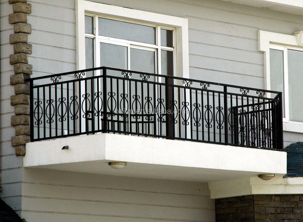 Antique outdoor decorative wrought iron balcony railing for Balcony steel railing designs pictures