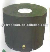 plastic rain water barrel