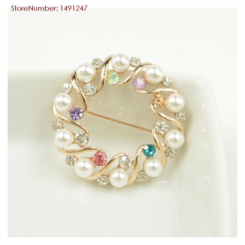 Vintage Round Circle Pearls Brooches Colorful Rhinestones Inlaid Fashion Women Scarf Buckle Jewelry