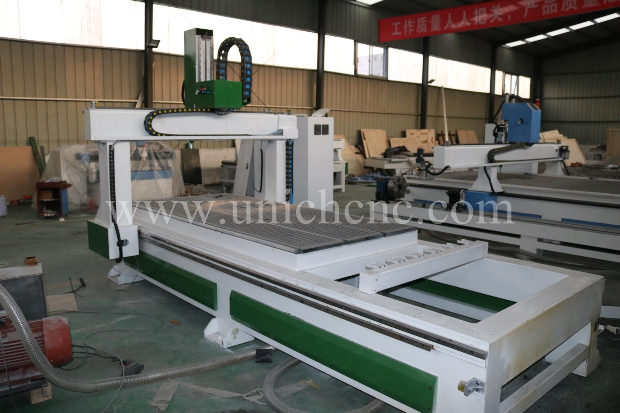 New product new type 1300*2500mm 4 axis cnc machine