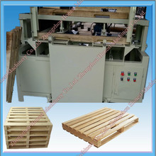 High Quality Wood Pallet Making Machine / Wood Grooving Machine