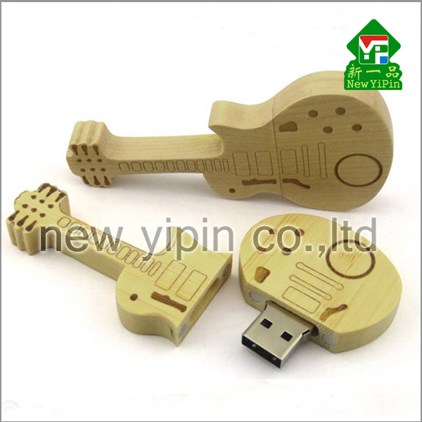 New Yipin Newest Design Hand Made Gifts Guitar Shaped USB Flash Drive Wood