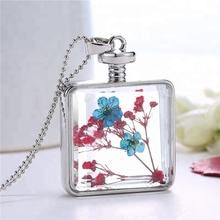 quadrate framed locket dried flower glass pendant