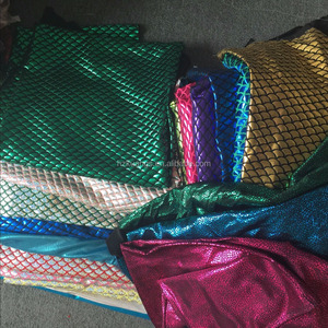 4 way stretch polyester spandex waterproof foil shiny printed fish scale spandex fabric wholesale