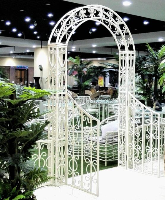 Jardin en fer forg arc pour la d coration de jardin for Decoracion para pared en hierro