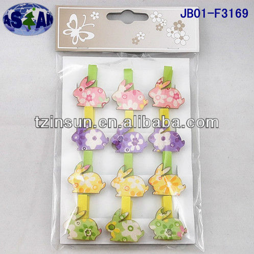 Easter wooden bunny clip