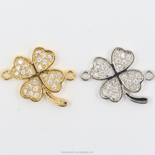 Oro Pavimenta Four Leaf Clover Connector, CZ Micro Pavimenta <span class=keywords><strong>Sideways</strong></span> Connettore