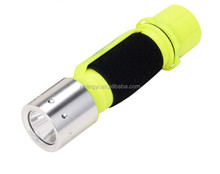 most bright T6 waterproof AA battery underwater IP68 led diving torch