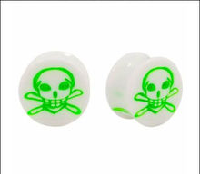 Acrylic Green Skull Inlay Double Flared ear Plugs Tunnels for body piercing jewerly 2014