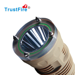 LED Diving Flashlight Powerful Scuba Torch Bright C REE LED Water-Resistant Underwater 100 meter Compact Outdoor 18650 Battery