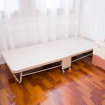 Zustell Gast Mit Memory Foam Matratze Falten Und Hide Away Für Einfache  Lagerung Roll Kinderbett