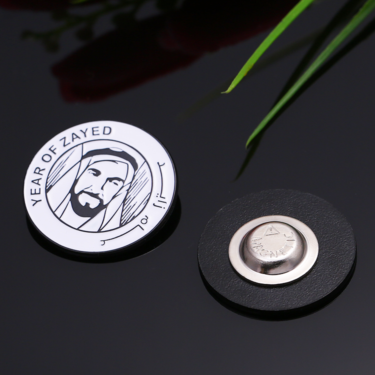 Top quality sustom metal UAE souvenir magnets national day badge for YEAR OF ZAYED