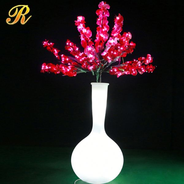 Decorative artificial flowers with led lights