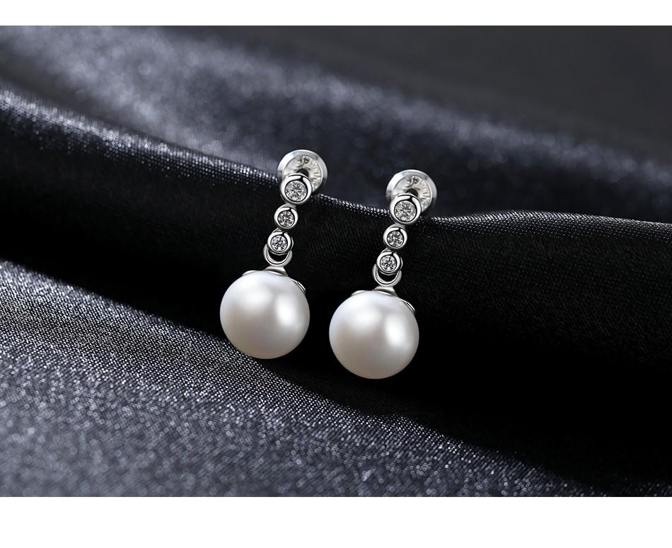 Ladies 925 Sterling Silber Ohrringe Ohrstecker Süsswasser Perle AAA Rhodiniert