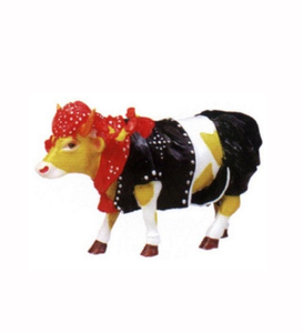 Factory Custom made best home decoration gift polyresin resin cow parade figurines