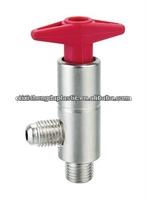 Refillable cylinder valve for refrigeration agent