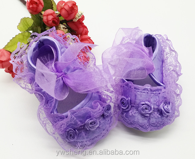 Cheap high quality toddler baby girls soft soles lace princess shoes in bulk