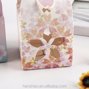 New Style Creative Chinese Candy Box Ceremony Hollow Petals Packaging Box