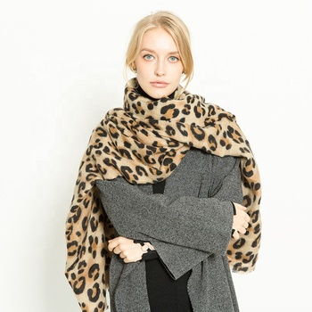 Amazon hot selling classic blanket shawl leopard print scarf