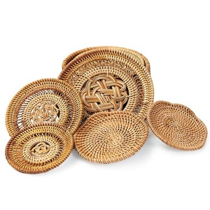 China Supplier Cheap Bulk Wholesale Place Mats Products Round Rectangle Square Woven Coaster Rattan Placemat for Table Decor