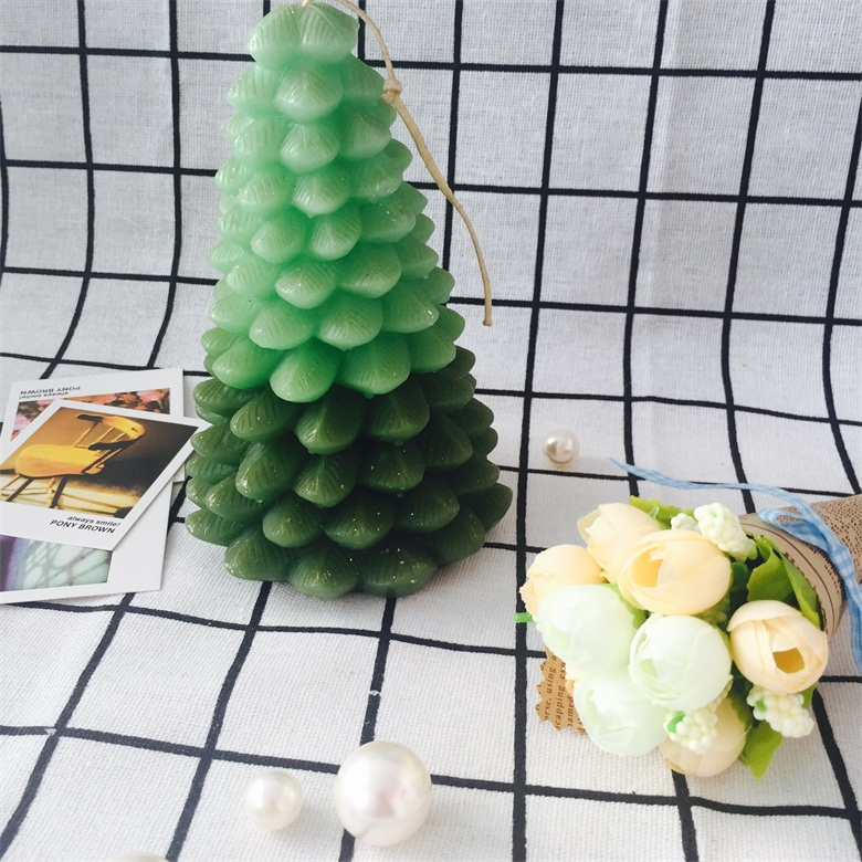 2017 Newest Modest Luxury Gift Craft Green Tree Series Pillar Candles