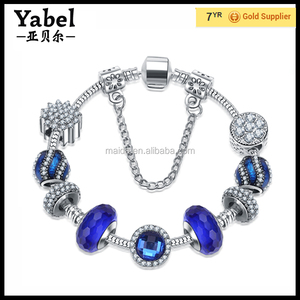 The Latest Fashionable Style Beads Bracelet Cheap Snake Chain Charms Bracelet