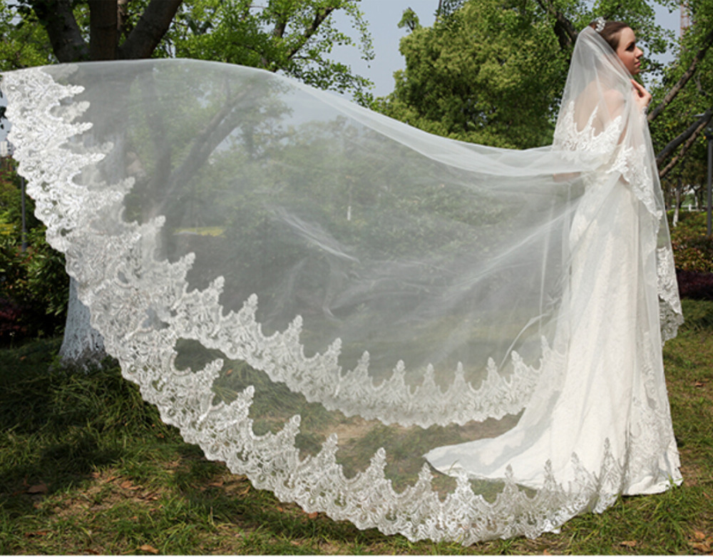RRV013 new design2015 lovely lvory long wedding veil one layer hand beaded flower bride veils