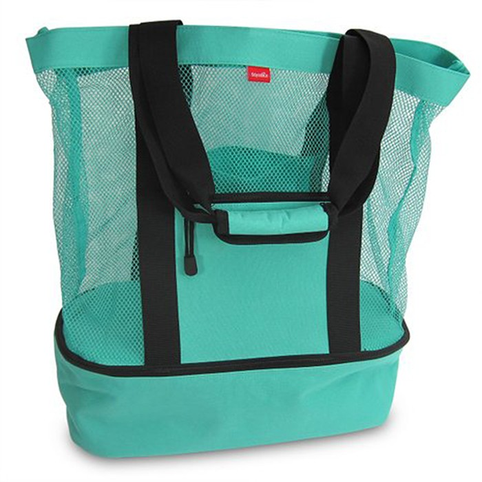 Beach bag with zipper pockets
