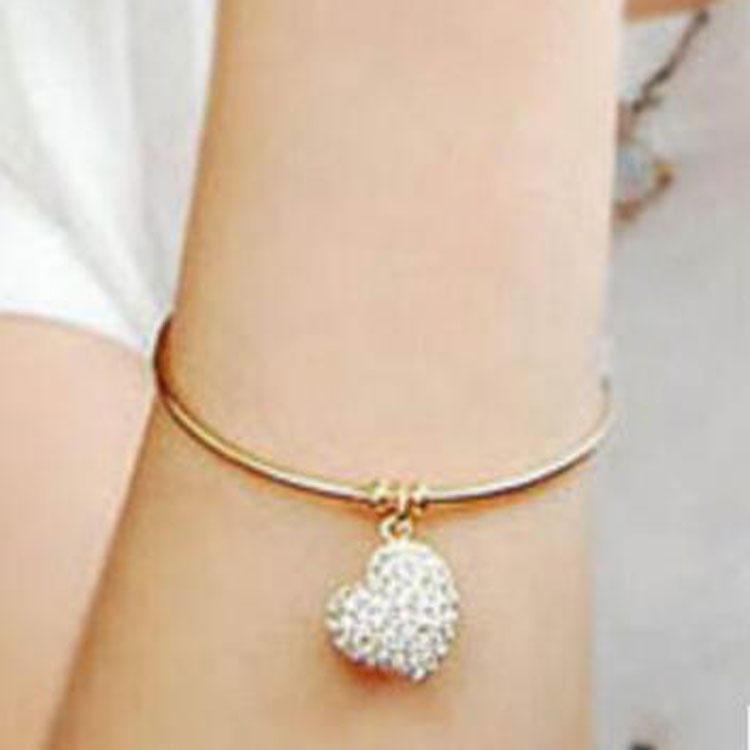 HF 042 Yiwu Huilin Jewelry New Design gold heart full crystal bracelet love knot bangle