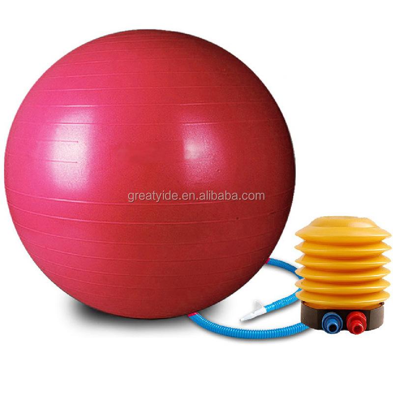 Гимнастический мяч с фаллоимитатором